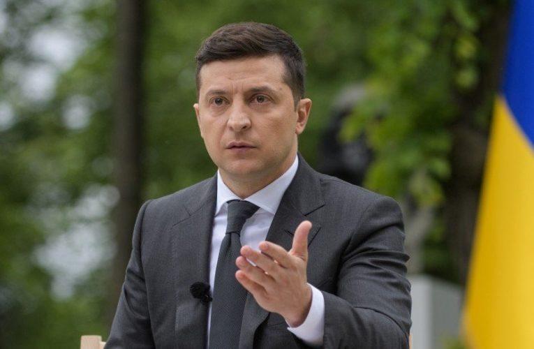 Украинцы дали оценку первого года президента Зеленского