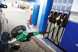 Крупные сети АЗС начали повышать цены на топливо