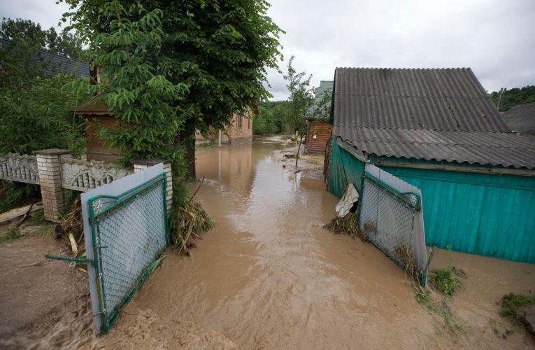 МВД показали масштаб наводнений на западе