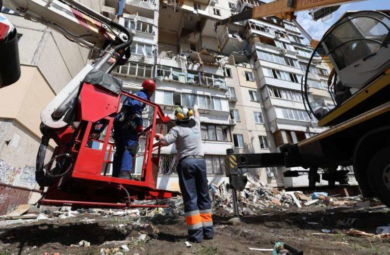 Жителям взорванного дома в Киеве выплатят денежную компенсацию