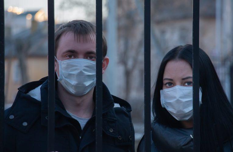 """Украина попала в список стран """"красной зоны"""" по уровню заболеваемостью коронавирусом"""