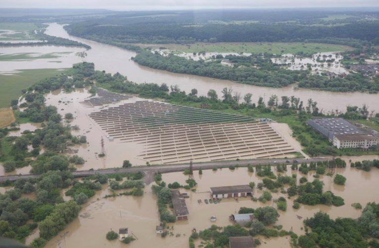 ЕС предоставит Украине помощь для преодоления последствий наводнений