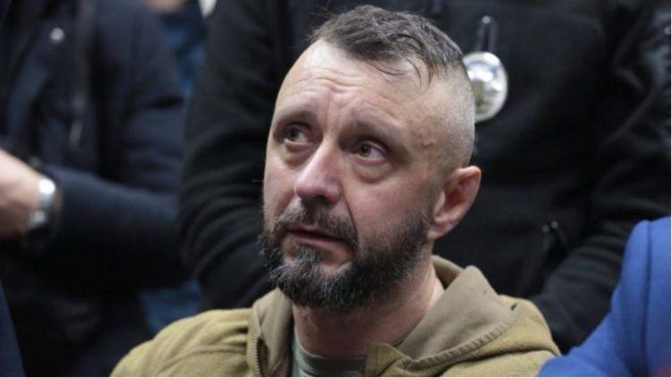 Антоненку продовжили арешт на два місяці