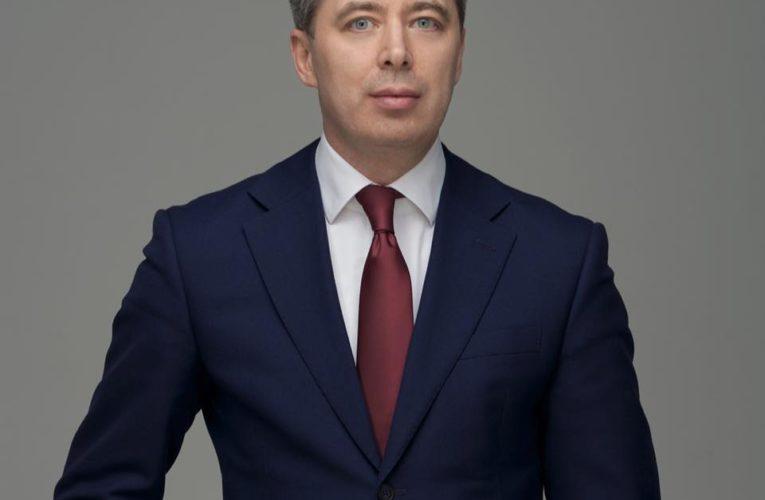 Руслан Волинець: суд визнав недостовірною інформацію про причетність Гладковського до організації схем вимивання коштів з оборонного комплексу