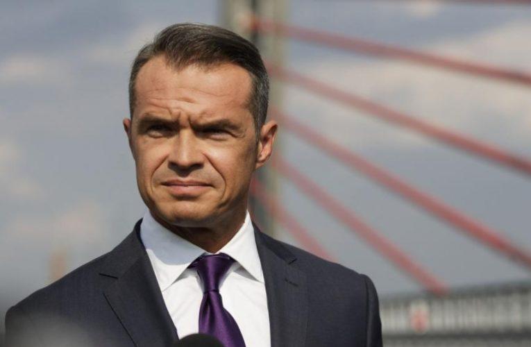 """Екс-голову """"Укравтодору"""" затримали за підозрою у розкраданні коштів міжнародних організацій"""