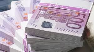 Экс-нардеп рассказал, как передавал миллионные взятки еврочиновникам за поддержку Порошенко