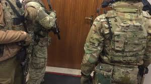 Офицера СБУ задержали за вымогательство четверти миллиона долларов