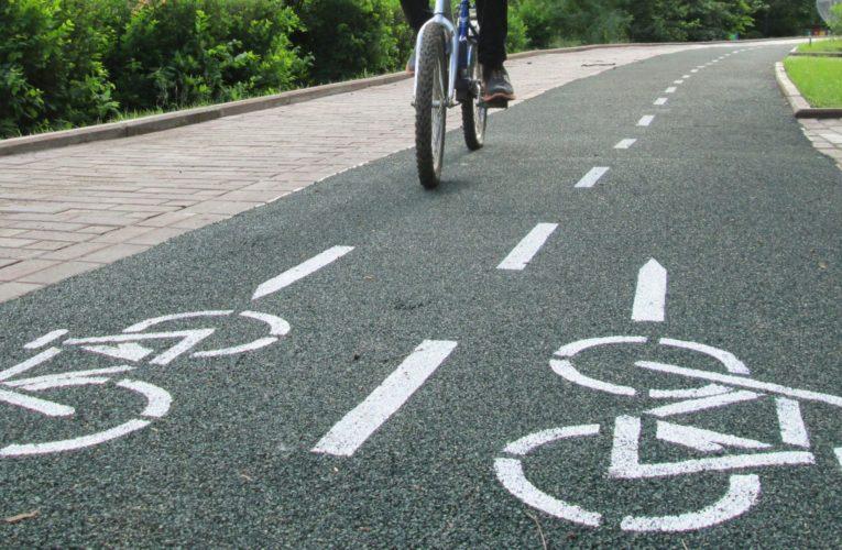 Кличко вместо транспортных развязок строит вело-пешеходную магистраль за 200 миллионов