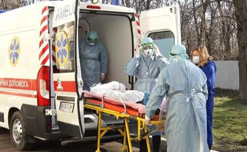 В Украине катастрофически  увеличилась госпитализация коронавирусных больных