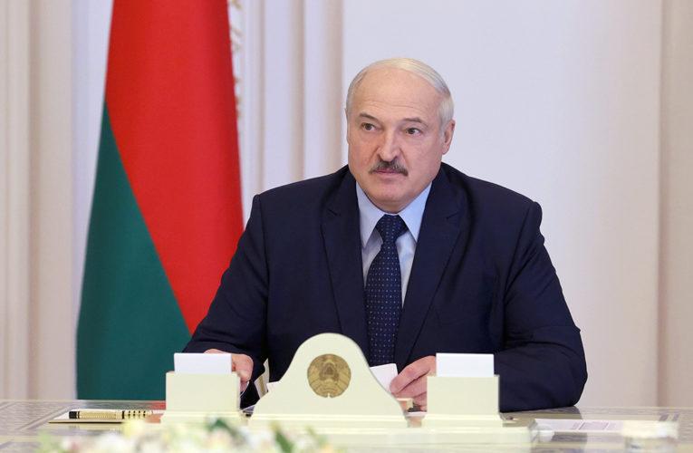 Лукашенко прокомментировал протесты и забастовки
