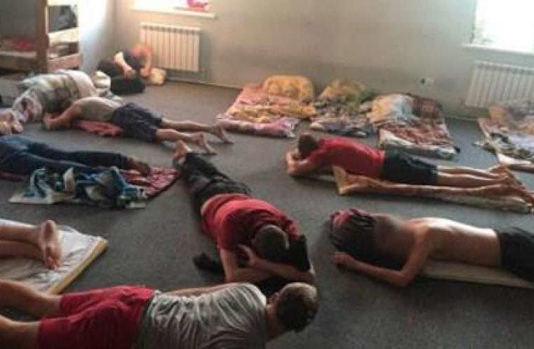 На Днепропетровщине сотню людей держали в рабстве