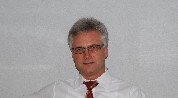 Олег Шарп: Разыгрывается классическая игра в политические напёрсток