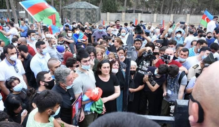Армения начала подготовку эвакуации мирного населения из Нагорного Карабаха