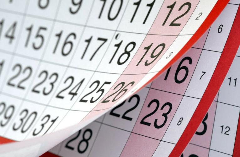Кабмин трижды продлил выходные дни в 2021 году