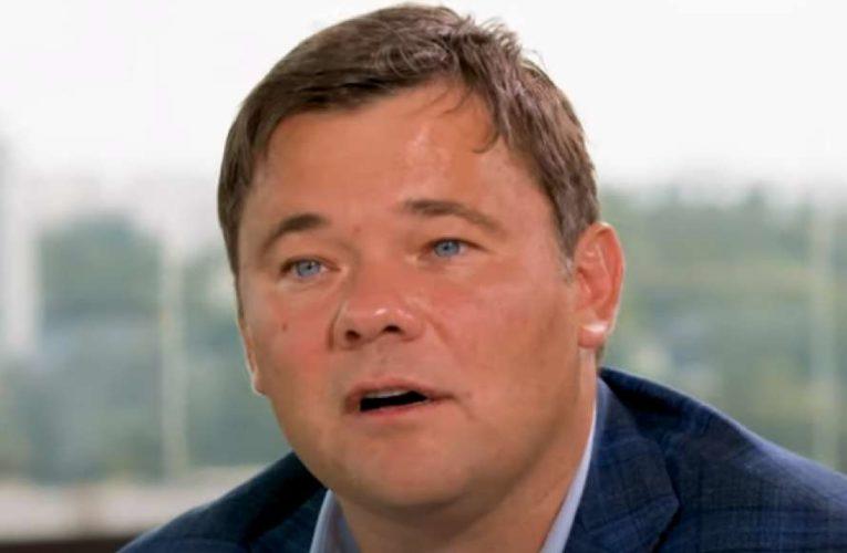 Андрей Богдан покинул Украину в связи с физической угрозой