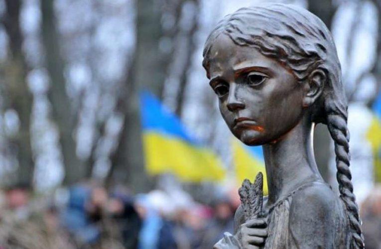 Скульптура «Девочки с колосками» вернется в Музей Голодомора