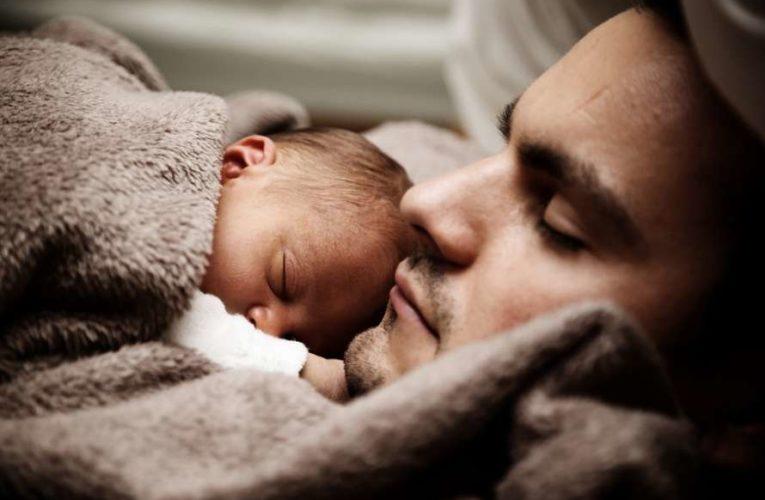 Медики назвали пять продуктов, которые помогут быстро уснуть