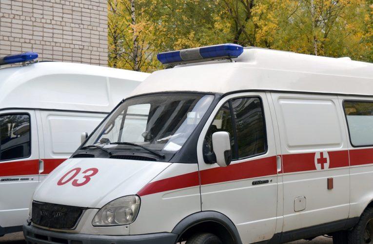 Возле одесской больницы выстроилась очередь из скорых
