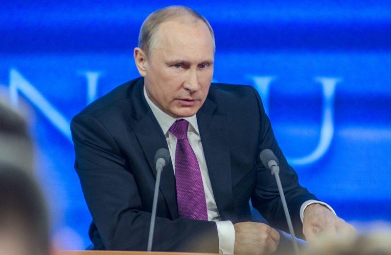 Путин не рискнул прививаться вакциной от коронавируса российского производства