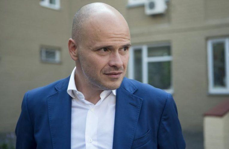 Разумков і Радуцький запропонували ввести штраф у 17 тис. грн для депутатів, які порушують масковий режим у ВР