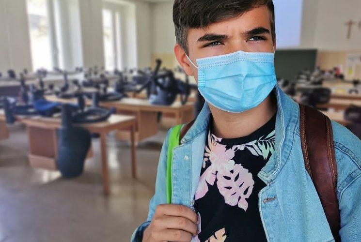 На карантин на Киевщине ушли почти 30 школ