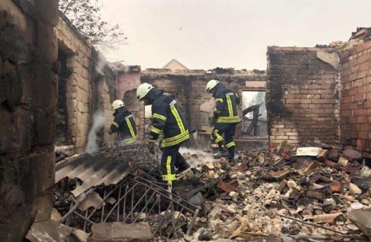 Шмыгаль рассказал, сколько выплатят пострадавшим в пожарах на Луганщине