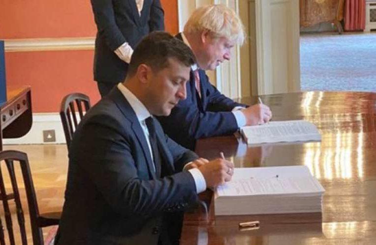 Зеленский и Джонсон подписали стратегическое соглашение