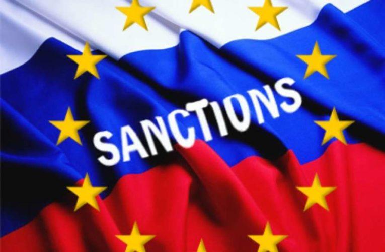 Евросоюз утвердил санкции против РФ за отравление Навального