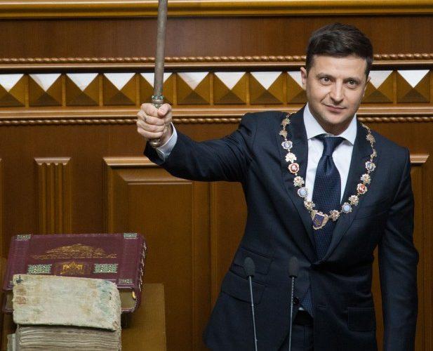 Володимир Зеленський пригрозив розпустити парламент