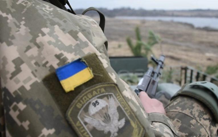 Война на Донбассе устраивает Украину? План Кравчука – пустышка, которая обнуляет весь мирный процесс – Розенбаум