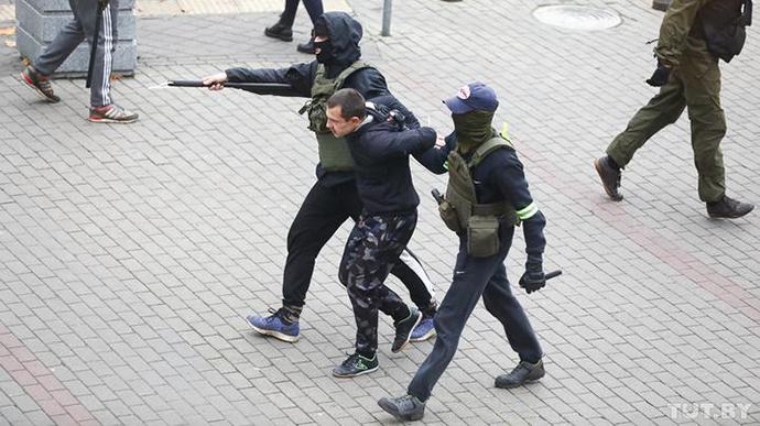 За день в Беларуси задержали более 1000 человек
