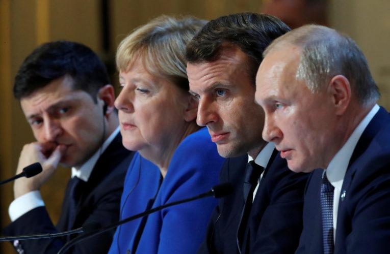 Путин обсудил с Меркель ситуацию в Нагорном Карабахе и Донбассе