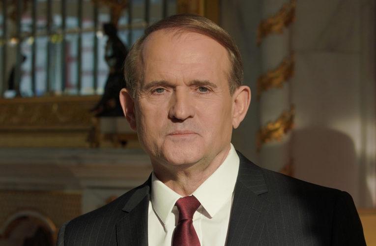 Кутуев об итогах выборов: ОПЗЖ Медведчука вышвырнула «слуг» из местных советов на Юго-Востоке