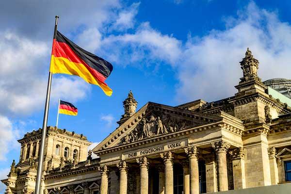 Германия отказалась от усиления локдауна