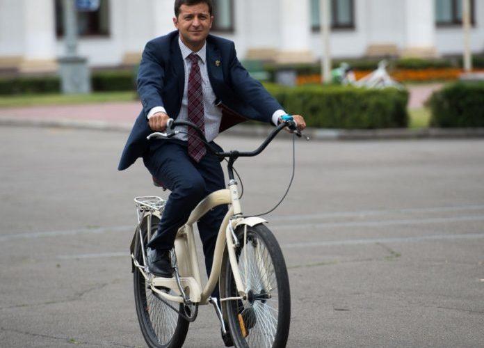 Выяснилось, кому из политиков украинцы доверяют больше всего