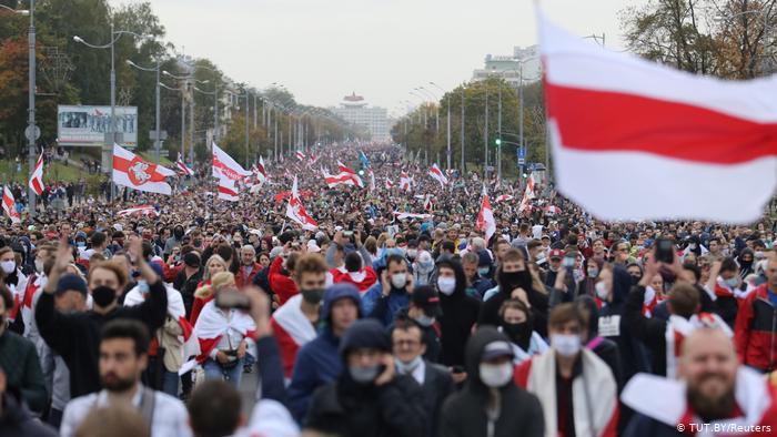 Понад 400 осіб затримано на акціях протесту в Білорусі в неділю