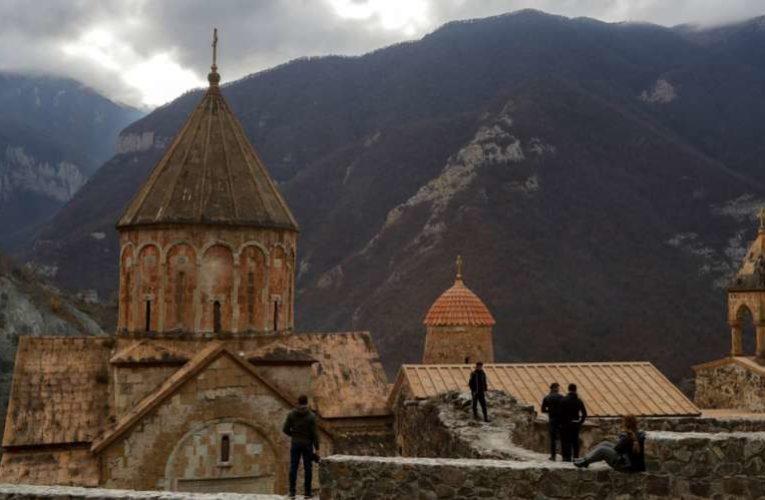 Алиев объявил о судьбе христианских святынь Нагорного Карабаха