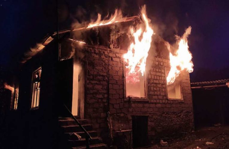 Из-за ошибки армянских чиновников в Нагорном Карабахе местные жители сожгли свое село