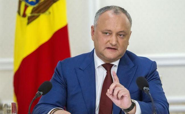 Додон призвал оставить российских миротворцев в Приднестровье