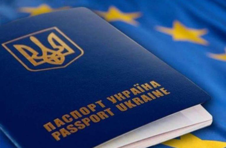 Глава МИД объяснил, зачем украинцам двойное гражданство