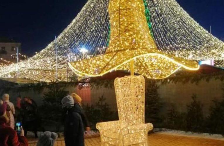 Скандальной шляпе с новогодней елки нашли новое применение (Фото)
