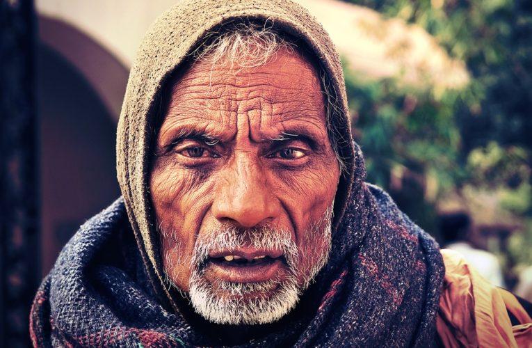 В Индии почти тысяча человек заразились неизвестной болезнью