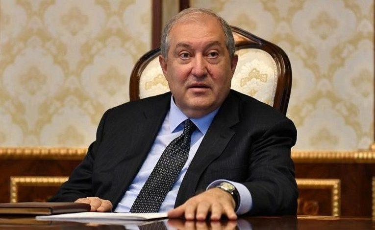 Коронавирус диагностировали у президента Армении