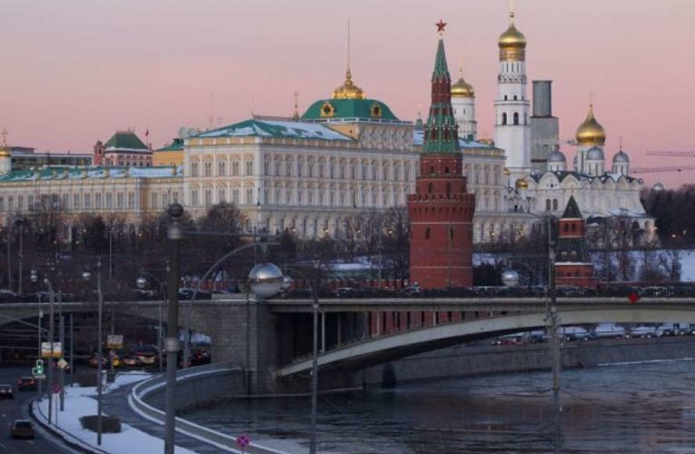 Кремль заявил, что Россия не будет присоединять Донбасс