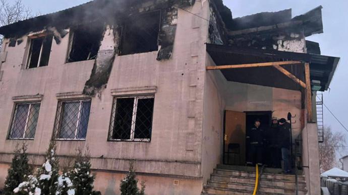 Названа причина большого числа жертв при пожаре в Харькове в доме престарелых