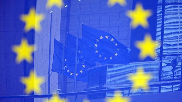 Социологи выяснили, как украинцы относятся к вступлению Украины в ЕС