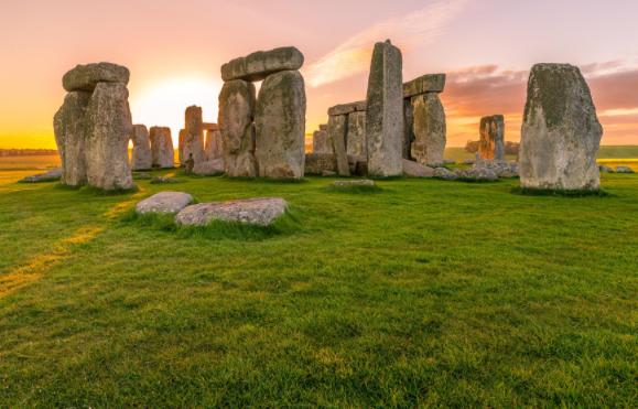 Возле Стоунхенджа ученые нашли таинственный предмет возрастом 4500 лет