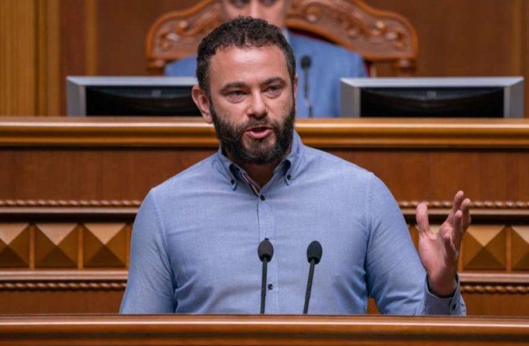 Александра Дубинского выгнали из партии