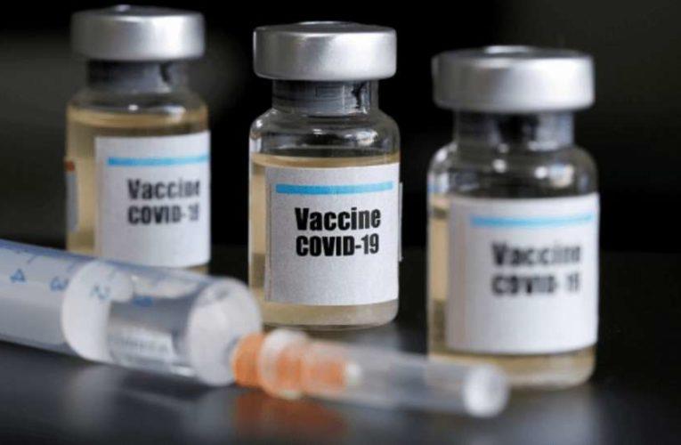 В Литве за отказ от вакцинации буду лишать работы