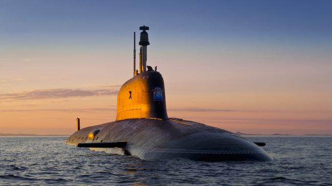 В Японии военная подлодка столкнулась с коммерческим судном